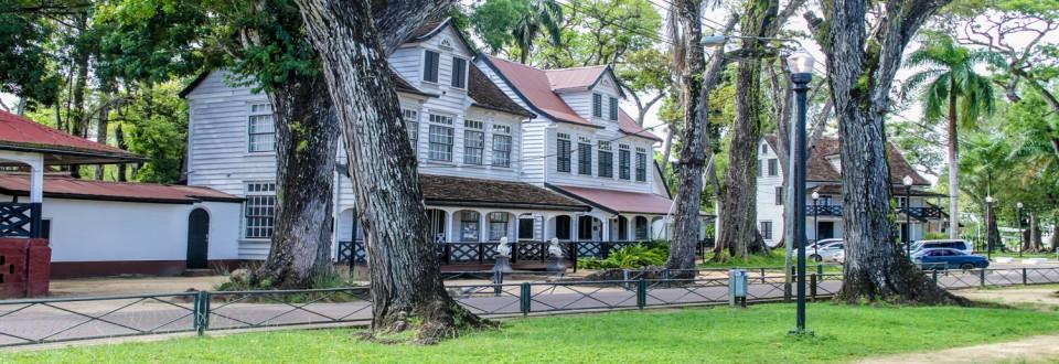 Suriname-Assurances de financement en soutien au programme du FMI
